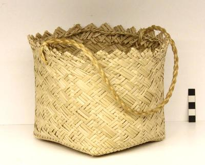 Kete / Basket