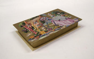 Box, Chocolate; A85.729