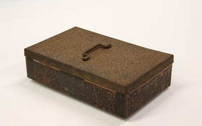 Box, Chocolate; A85.019