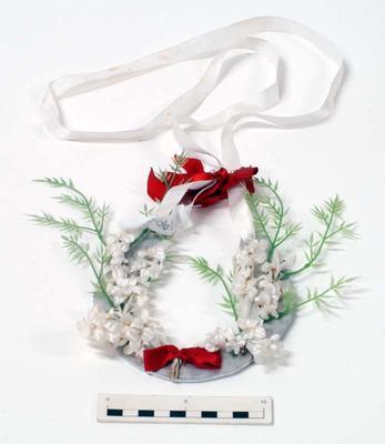 Horseshoe, Bridal
