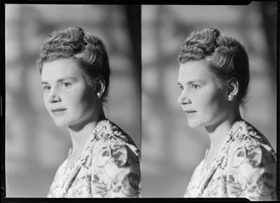 [Niedumon], Woman; 08 Dec 1947; SW1947.2080