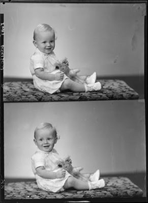 Dickinson, Infant