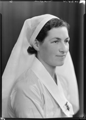 Mackie, Nurse