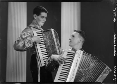 Hatfield & Hawkins, Men