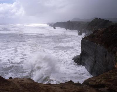 Tongaporutu Coastline - coastline during a storm, 29 September 2003; 29 Sep 2003; PHO2008-217