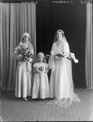 Dickinson, Wedding