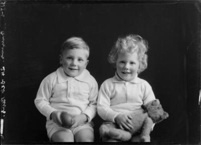 Burrows, Children
