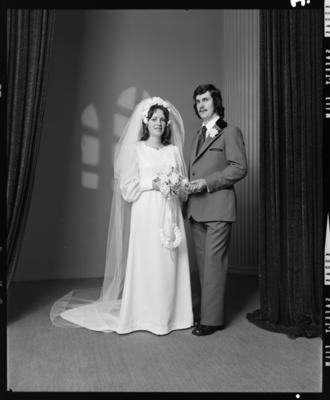 Hardie, Wedding