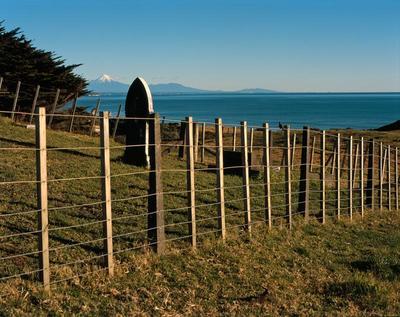 Tongaporutu Coastline - cemetery, Pilot Road, 8 July 2001