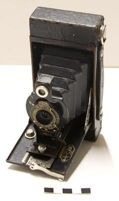 Camera, Folding; 1915-1926; A58.436