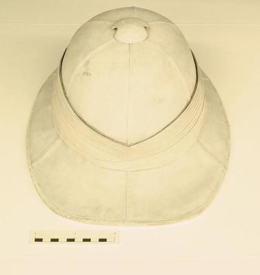 Helmet, Pith