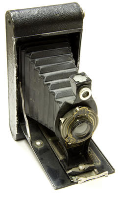 Camera, Folding; A83.046