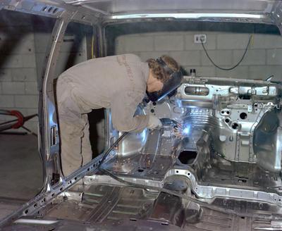 Motor Industries Waitara, Man