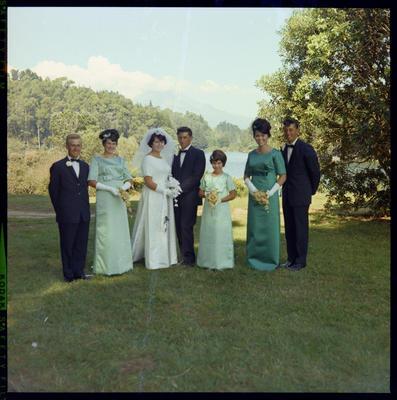 Schicker, Wedding