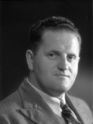 Leonard Kerr