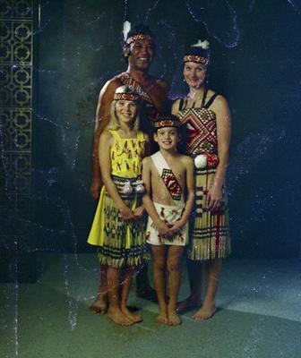 Hireme, Family Group