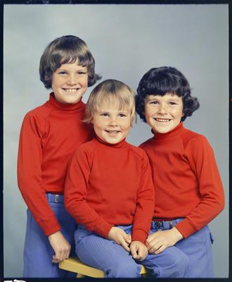 Larsen, Children