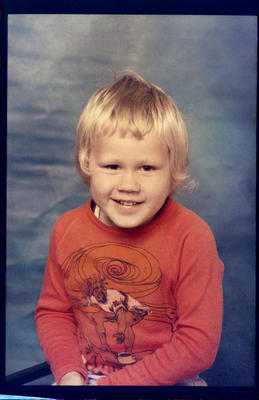 Marfell Kindergarten, Boy