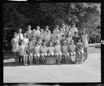 Mimi School, Group