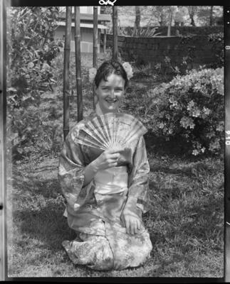 Inglewood Repertory Society, Woman