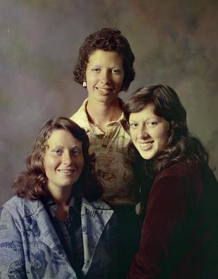 Benton, Young Women