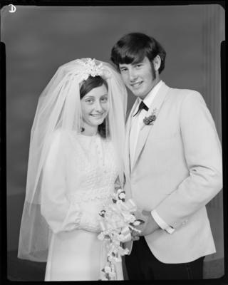 Gray, Wedding