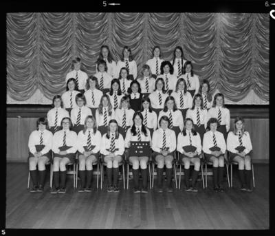 New Plymouth Girls High School, Group; 29 Jul 1975; WD.041900