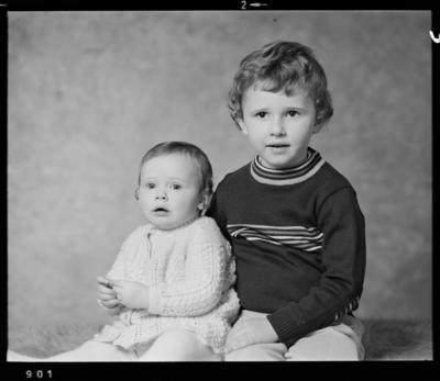 Pinkney, Children; 03 Aug 1976; WD.042111
