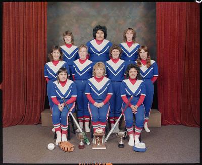United Softball, Team