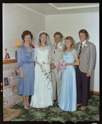 Elliot, Wedding