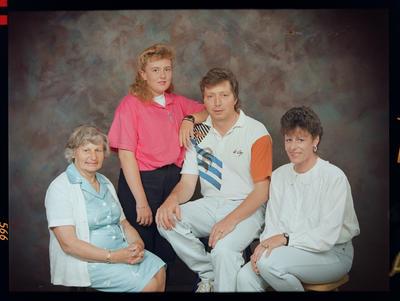 Bratt, Family group