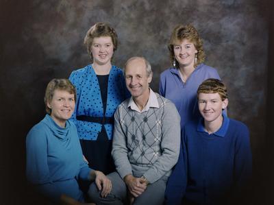 Kite, Family Group