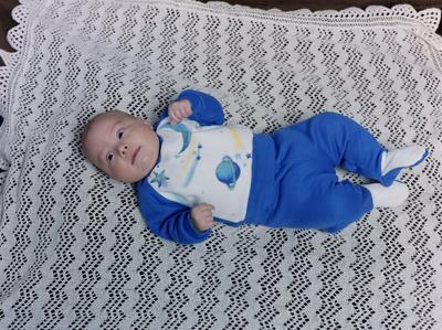Hewett, Infant