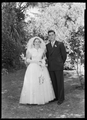 Lee, Wedding; 09 Feb 1957; WD.003869