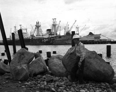 Blyde Wharf, Man