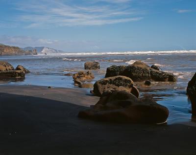Tongaporutu Coastline - Family of Rocks, 6 September 2003