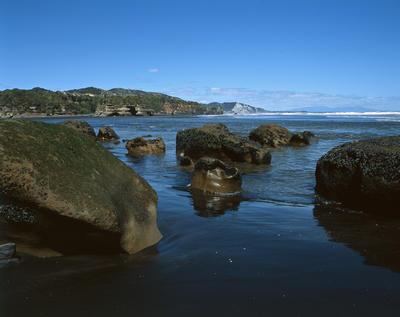 Tongaporutu Coastline - Family of Rocks, 6 October 2003