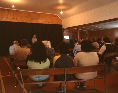 Tongaporutu Coastline - public meeting, Tongaporutu Hall, 20 December 2003; 20 Dec 2003; PHO2008-1157