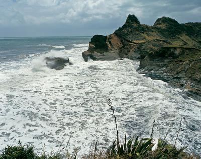 Tongaporutu Coastline - Twin Creeks, 4 January 2006; 04 Jan 2006; PHO2008-1540