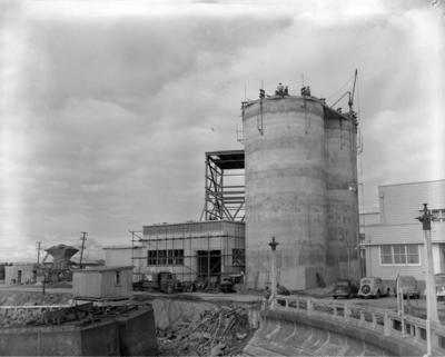 Construction of Twin Cement Silos and Building: Golden Bay Cement Ltd.