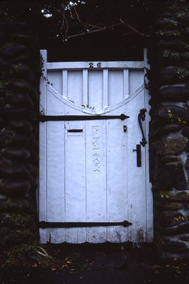 Front gate, 'Plas Mawr', New Plymouth; 1977; PHO2010-0416
