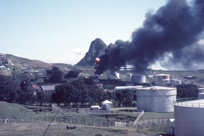 Oil tank, fire, New Plymouth