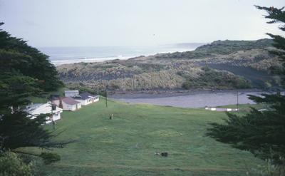 General view of Kaupokonui beach, Kaupokonui; Jun 1982; PHO2011-0736
