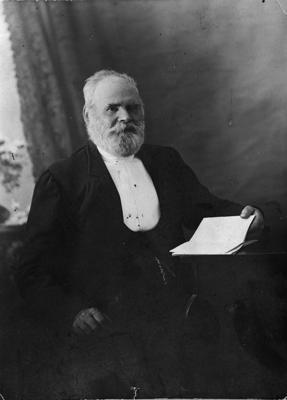 Mr Charles Revell