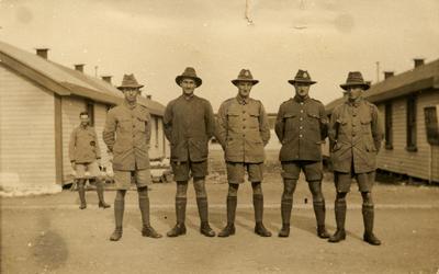 Sergeant J. H. Williams, Corporal E. D. Meikle, Platoon Sergeant Victor Caddy Davies, Corporal Matchett and Sergeant Thorton of the 31st Platoon, H. Company.; 31 Mar 1917; PHO2013-0136