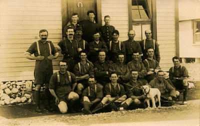 27th reinforcements of 31st Platoon, H. Company with Victor Caddy Davies; 03 May 1917; PHO2013-0140
