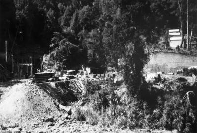 Egmont Collieries Mine; PHO2002-358