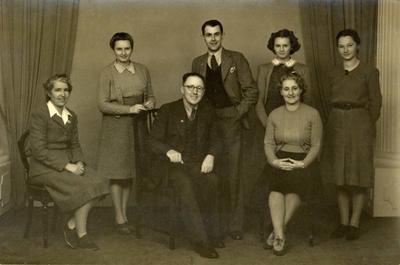 Swainson's Studios Staff, 1945