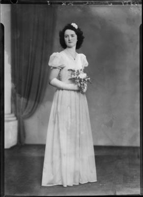 Fowler, Woman